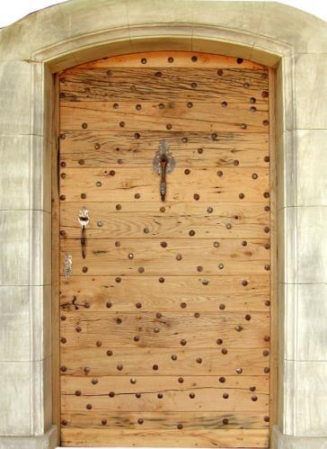 porte donjon vieux ch ne portes d 39 entree portes antiques fabricant restauration et cr ation. Black Bedroom Furniture Sets. Home Design Ideas