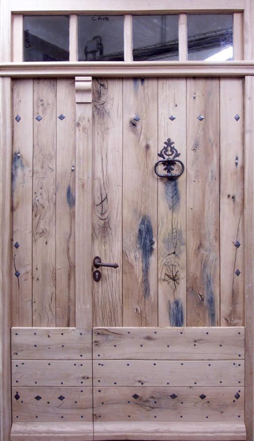 Entr e ferme en vieux ch ne tierc e portes d 39 entree portes for Porte de ferme ancienne