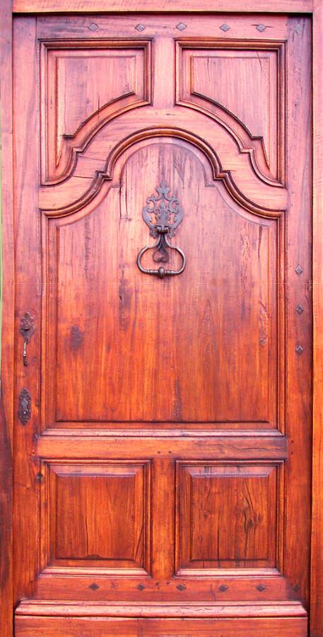Entr e louis xiv 5 panneaux noyer ou ch ne portes d for Porte 5 panneaux shaker
